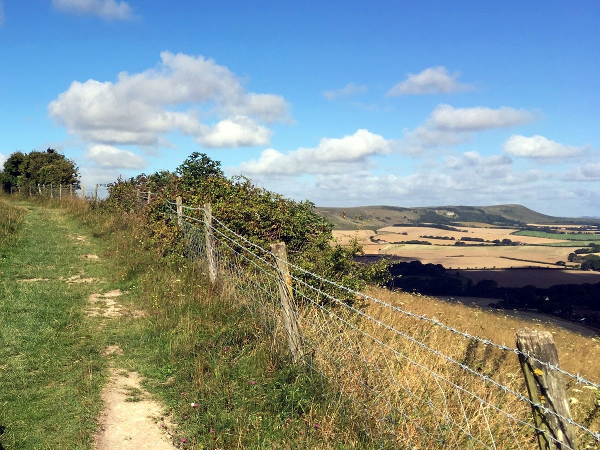 Views of Wendover hill from the Long Man of Wilmington to Alfriston Hike in South Downs, England