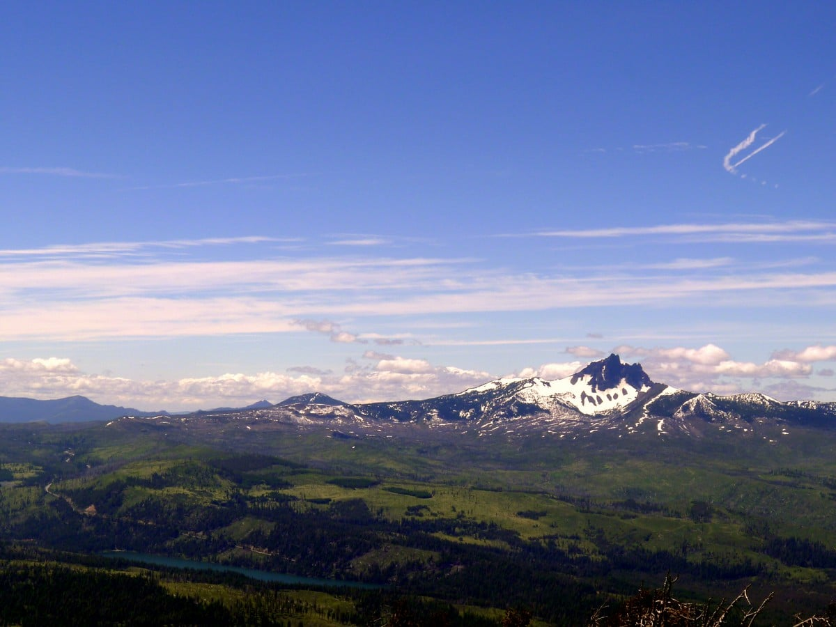 Mt Washington view from the Black Butte Hike near Bend, Oregon