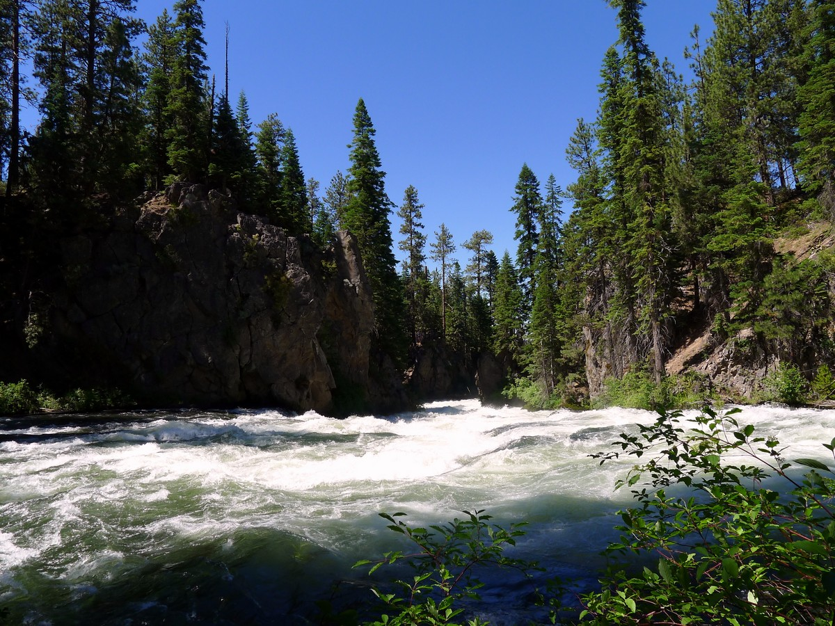 Water right before the falls on the Benham Falls Hike near Bend, Oregon