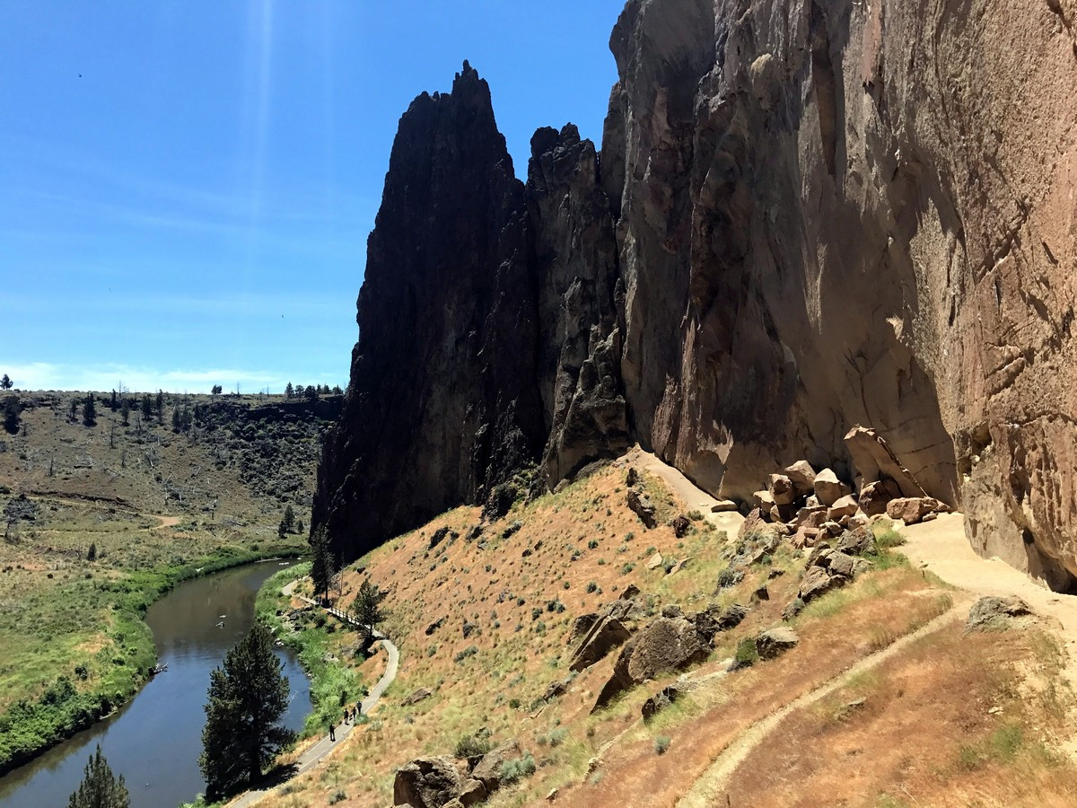 Beginning of the climb on the Smith Rock's Misery Ridge Loop Hike near Bend, Oregon