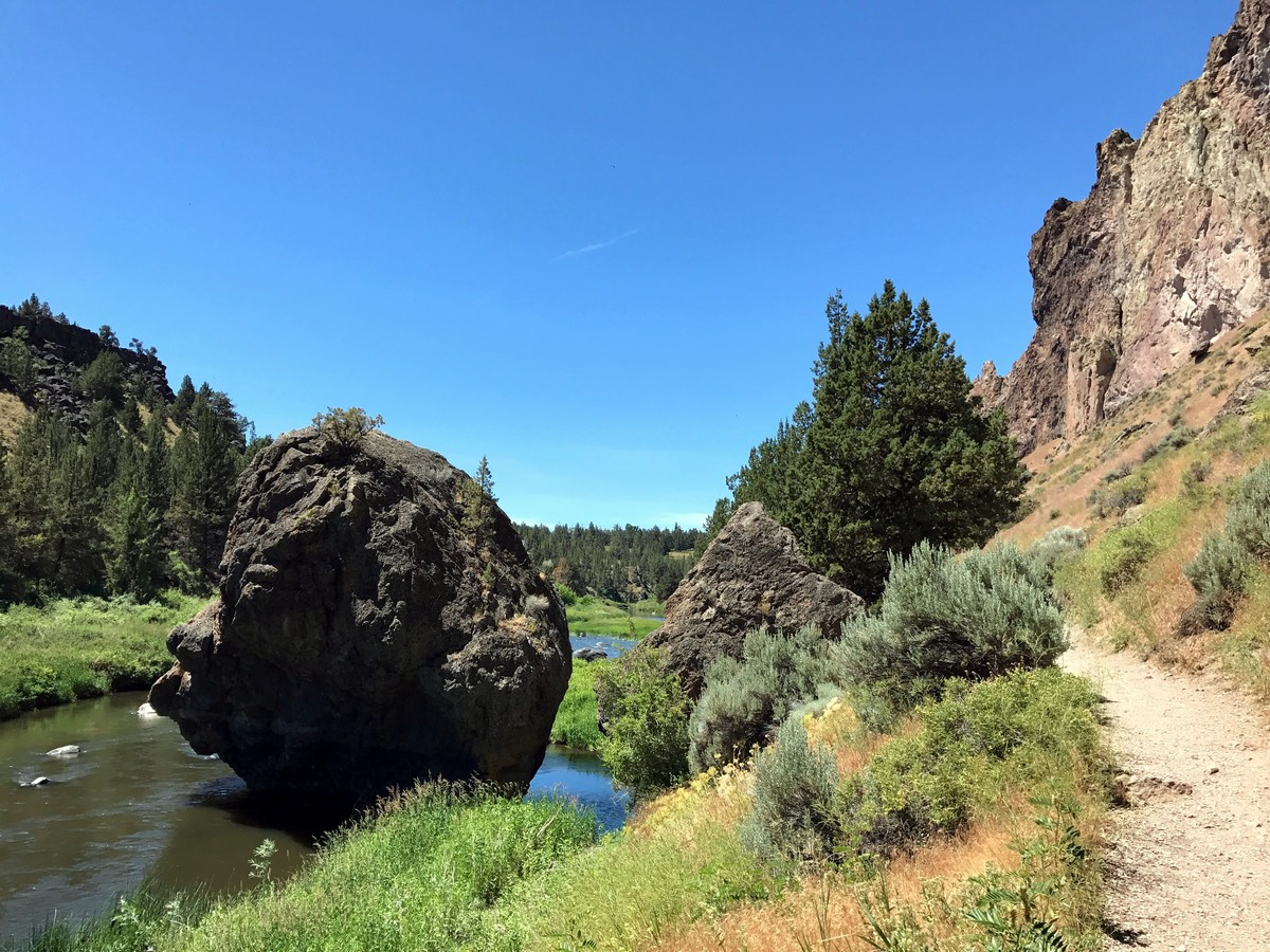 Boulders on the Smith Rock's Misery Ridge Loop Hike near Bend, Oregon