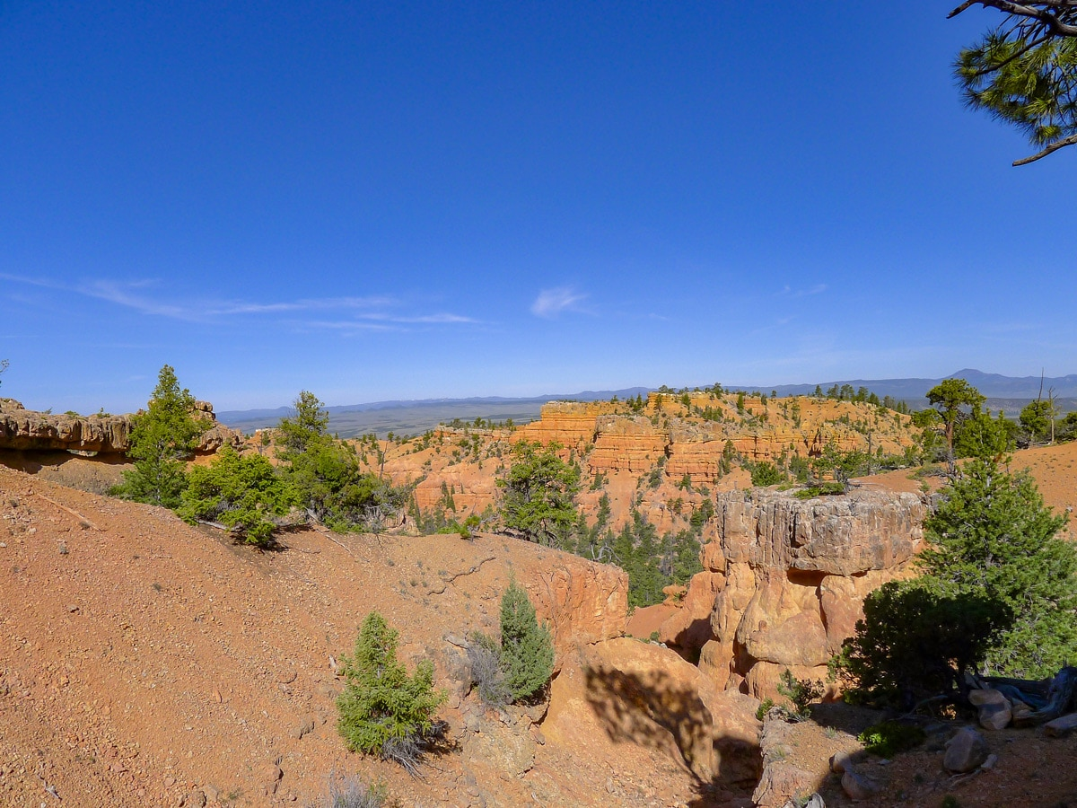 View of mesas from the ridgeline on Golden Wall / Castle Bridge Loop trail hike in Bryce Canyon National Park
