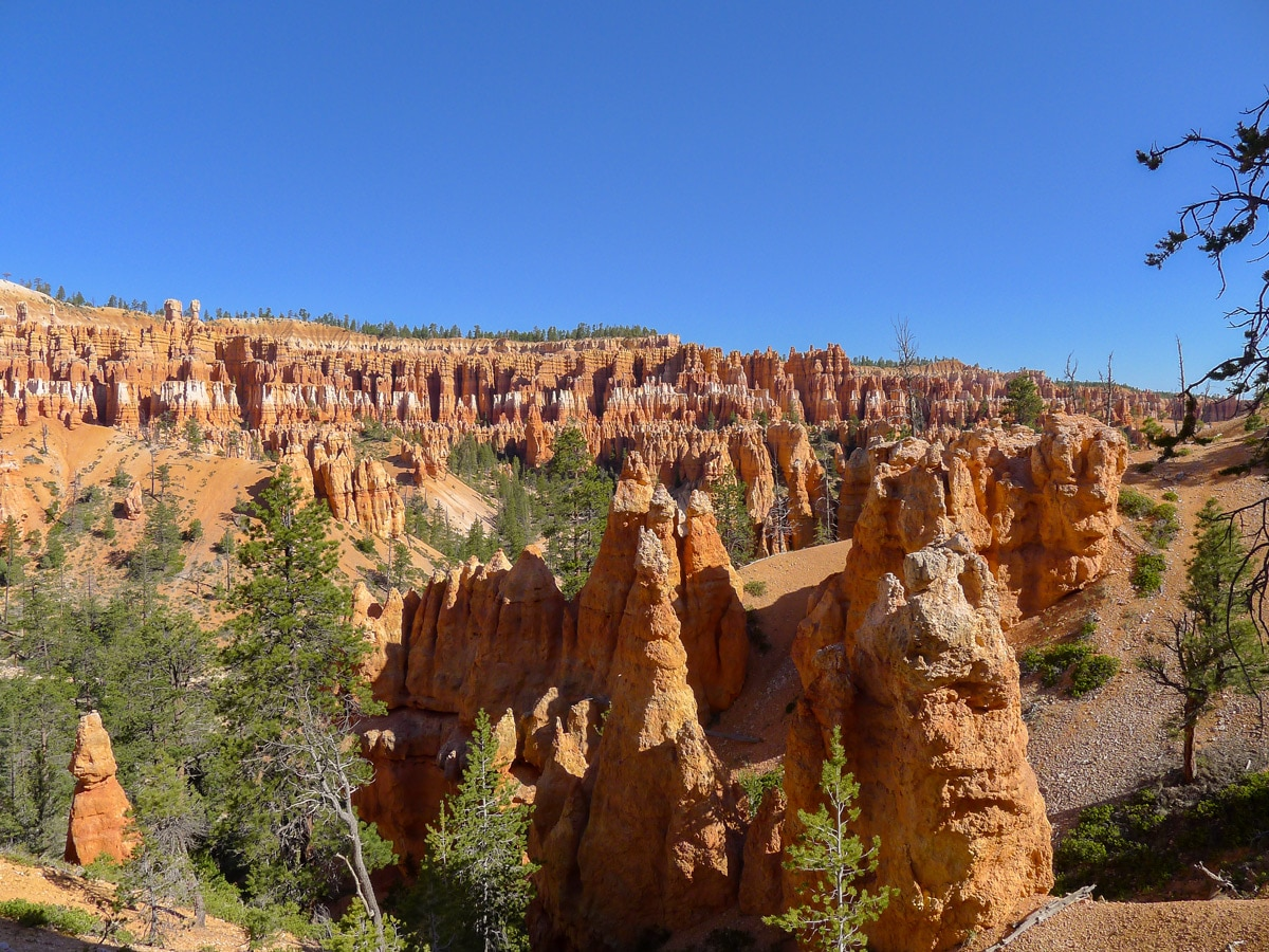 Route of Peek-A-Boo Loop trail hike in Bryce Canyon National Park