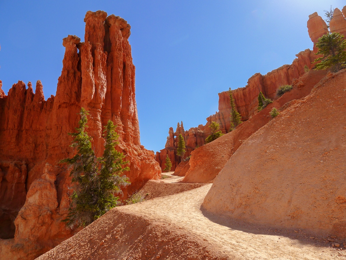 Red path of Peek-A-Boo Loop trail hike in Bryce Canyon National Park