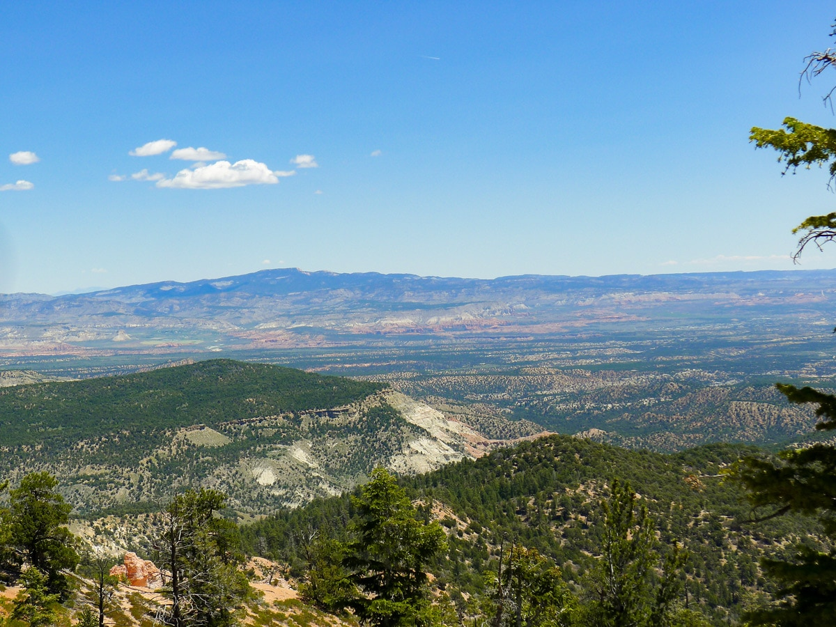 Expansive plane on Cassidy trail hike in Bryce Canyon National Park