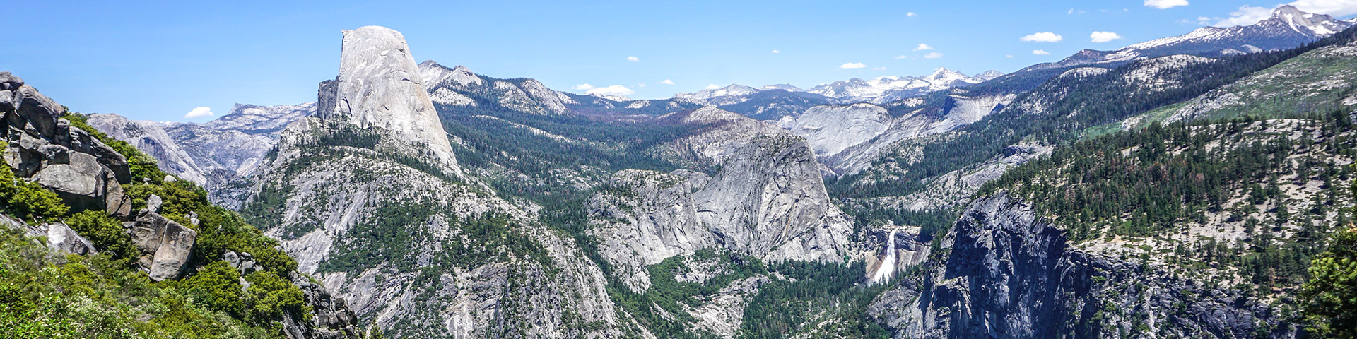 Scenic views from the Panorama Trail hike in Yosemite National Park