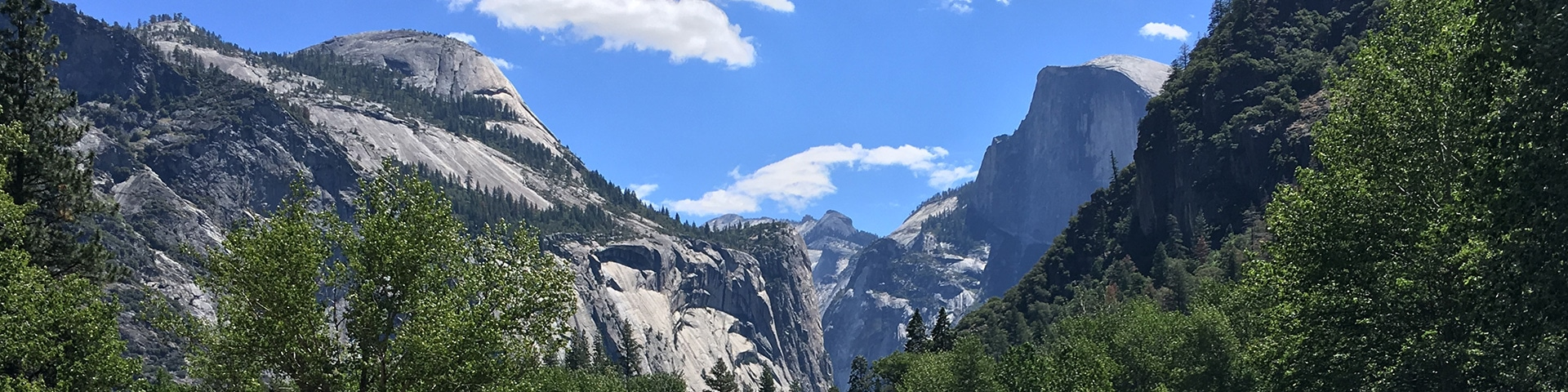 Panorama of the Yosemite Valley hike in Yosemite National Park