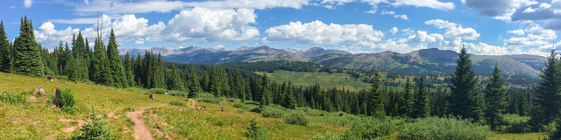Panoramic views from the Shrine Ridge trail hike near Vail, Colorado