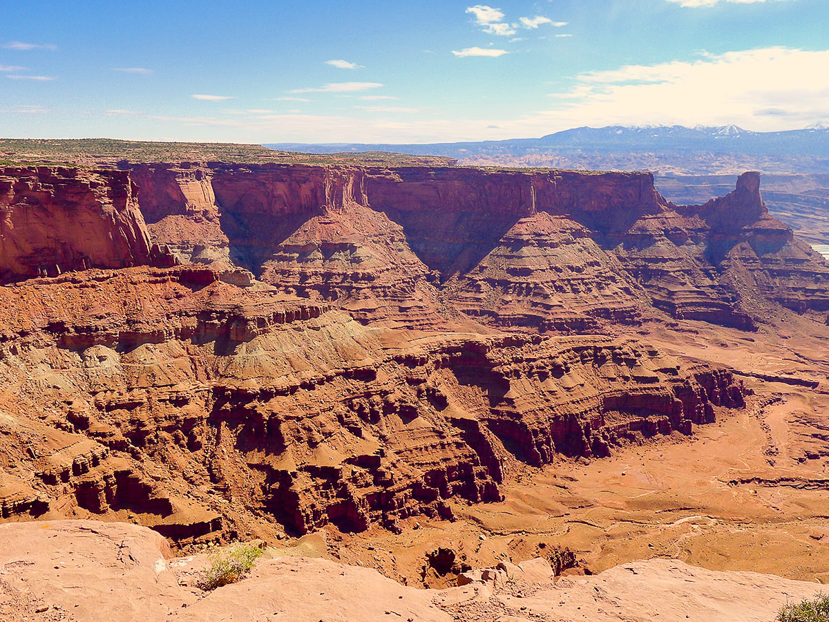 View of canyon walls on Dead Horse Point Loop hike near Moab, Utah