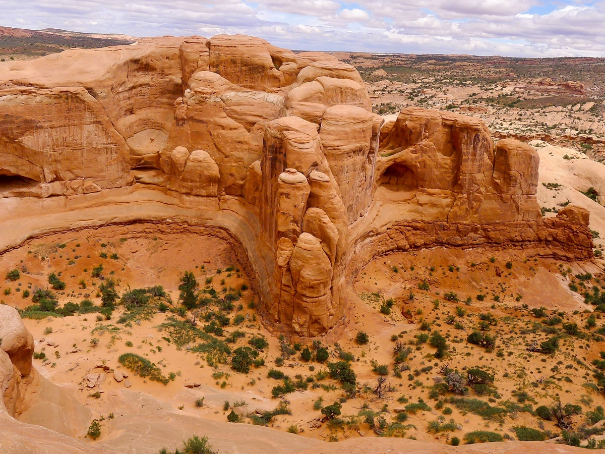 Views from Delicate Arch hike in Arches National Park, Utah