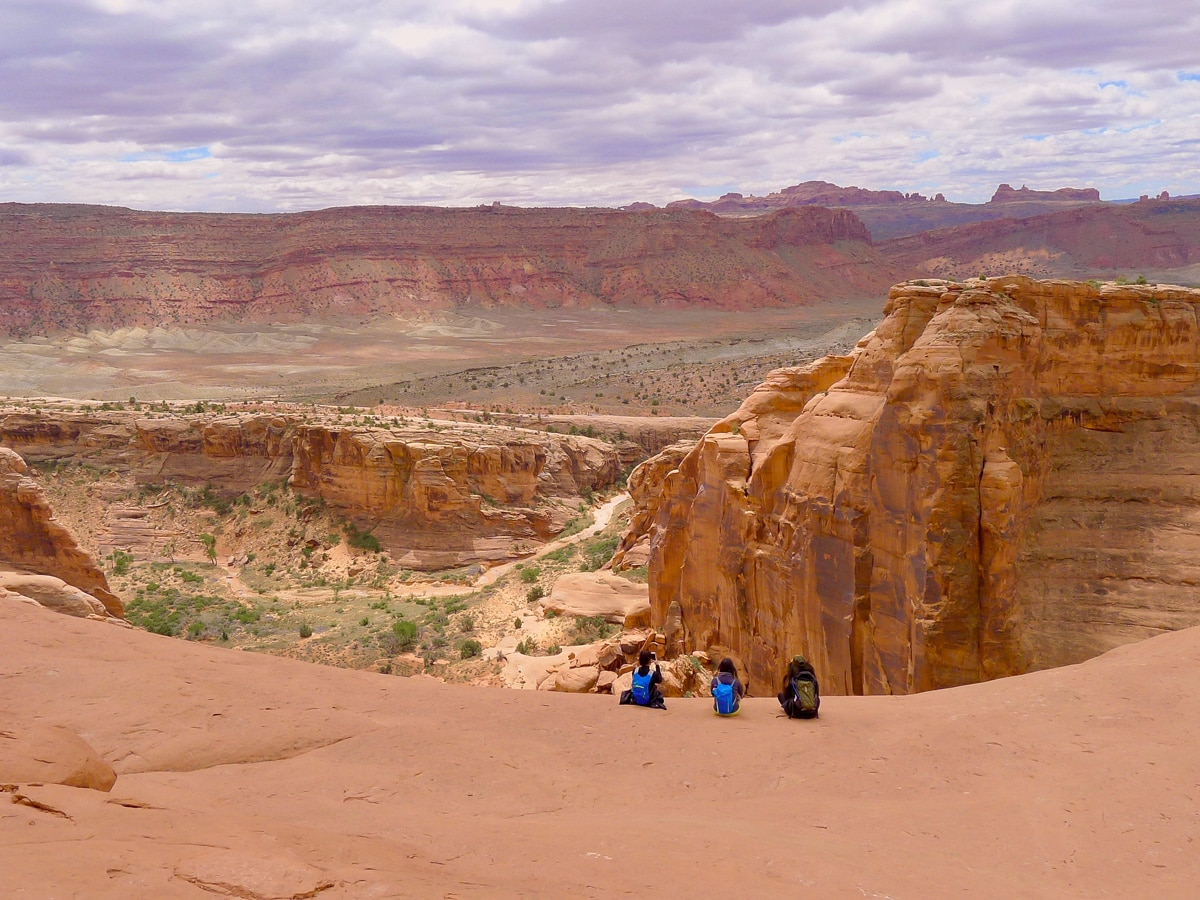 Delicate Arch hike in Arches National Park is surrounded by amazing scenery