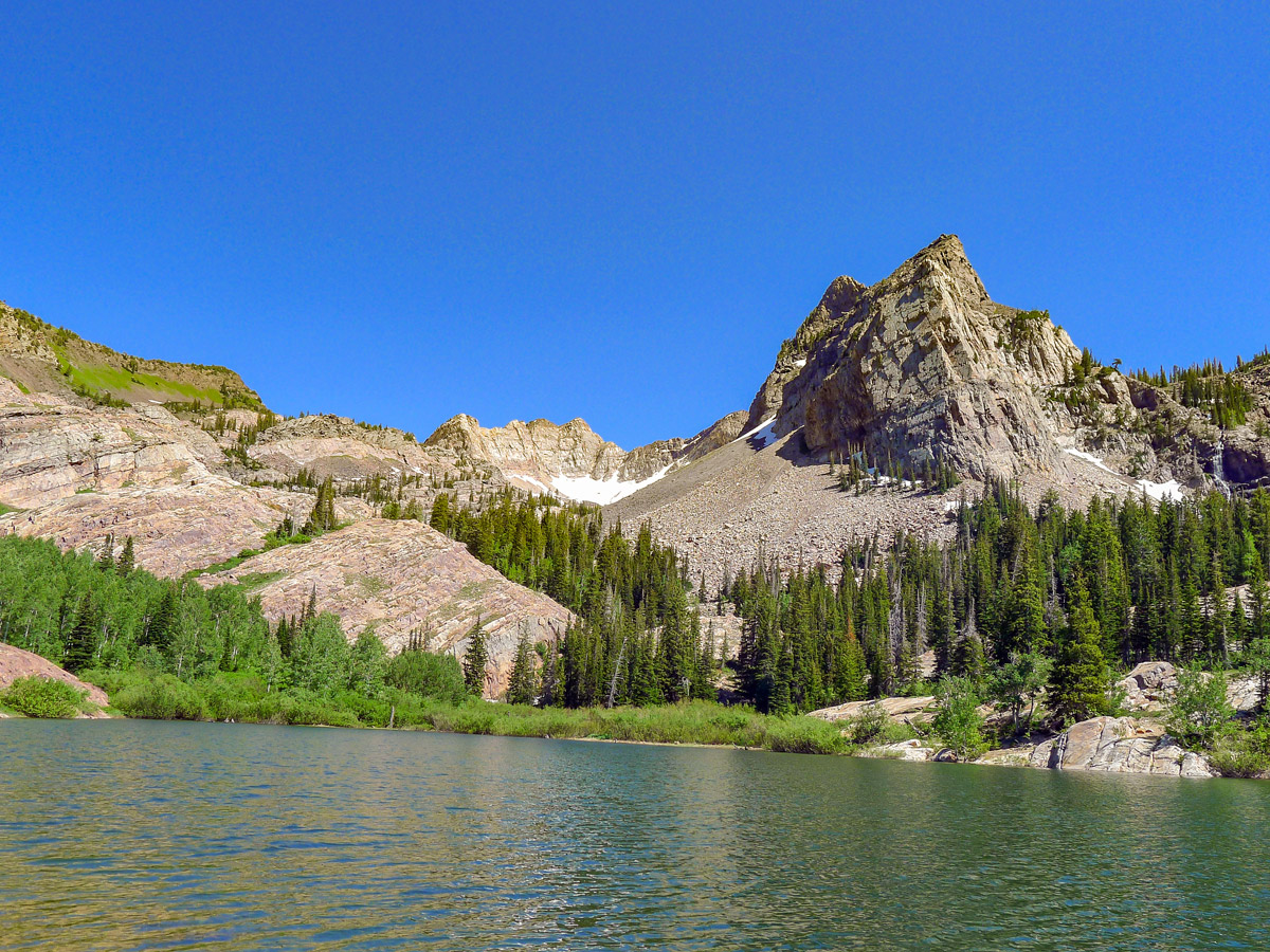 Lake Blanche hike near Salt Lake City is surrounded by beautiful mountains