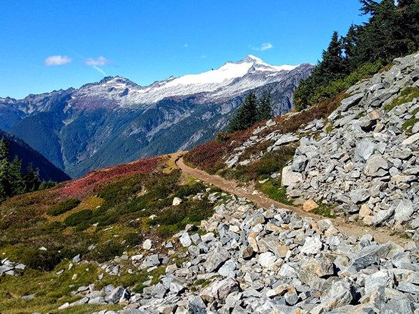 Views around the Cascade Pass hike in North Cascades National Park