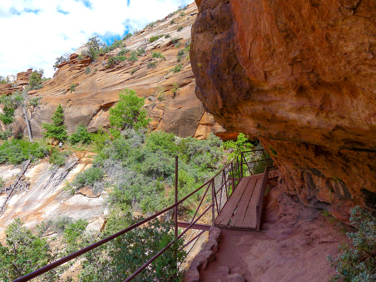 Trail of Canyon Overlook hike in Zion National Park, Utah