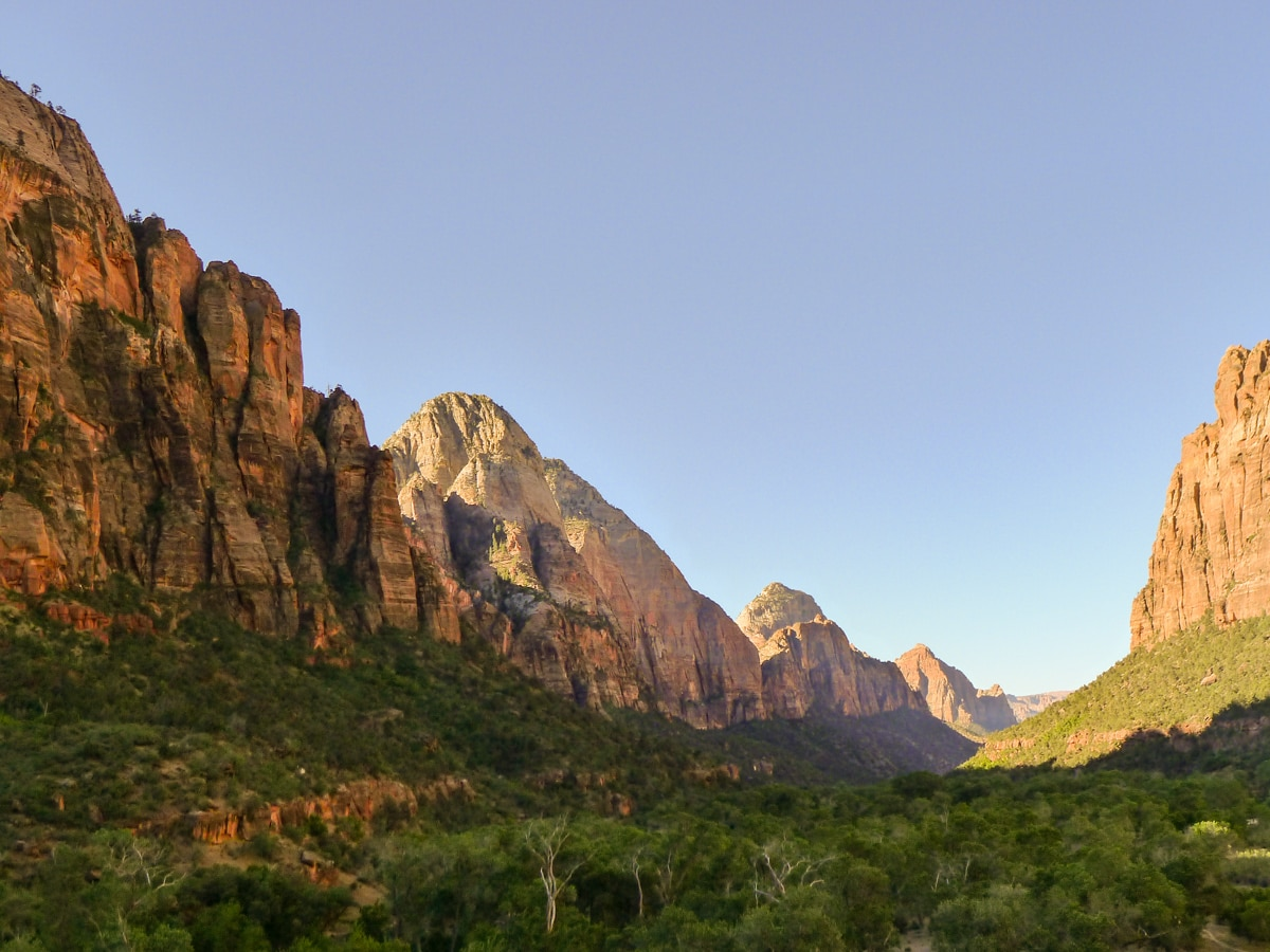 Emerald Pools hike in Zion National Park looks beautiful on early mornings