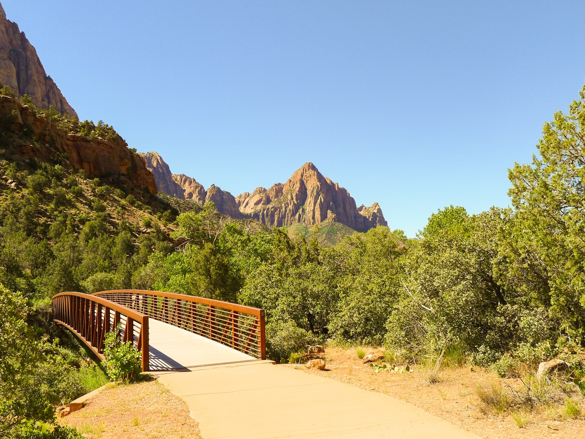 Footbridge on Pa'rus River Trail hike in Zion National Park