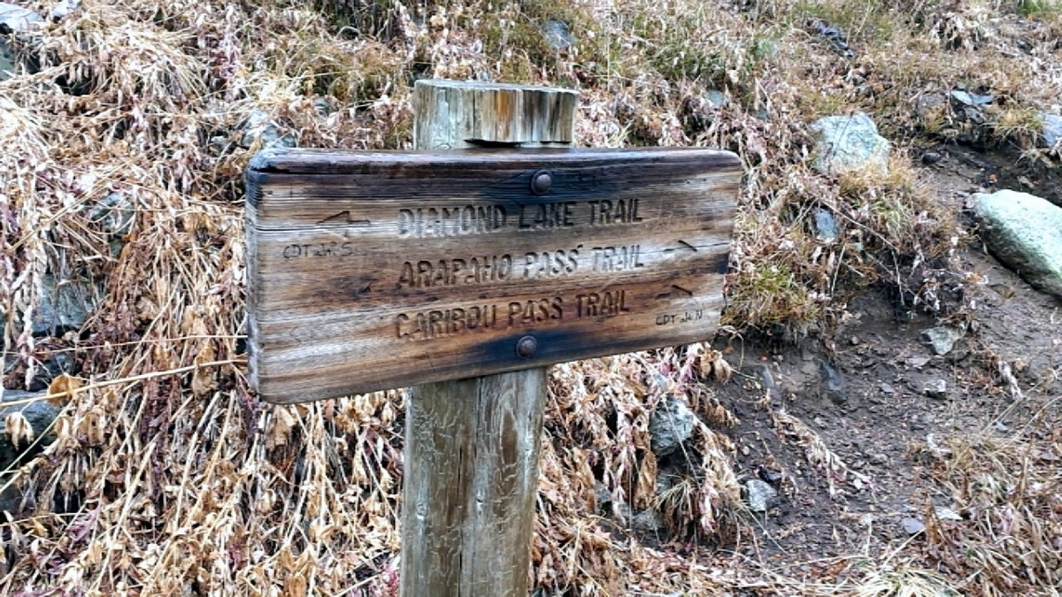 Sign on the Diamond Lake Trail Hike in Indian Peaks, Colorado