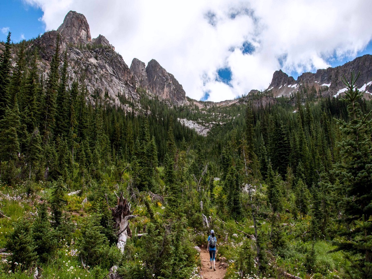 Hiking towards the Liberty Bell Group on the Blue Lake trail in North Cascades, Washington