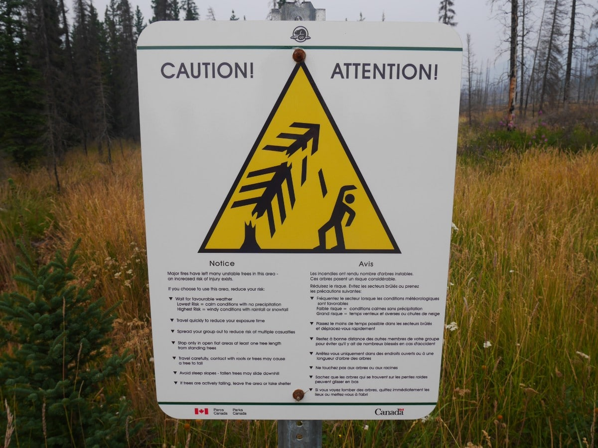 Warning sign on the Warden Lake Hike from the Icefields Parkway near Banff National Park