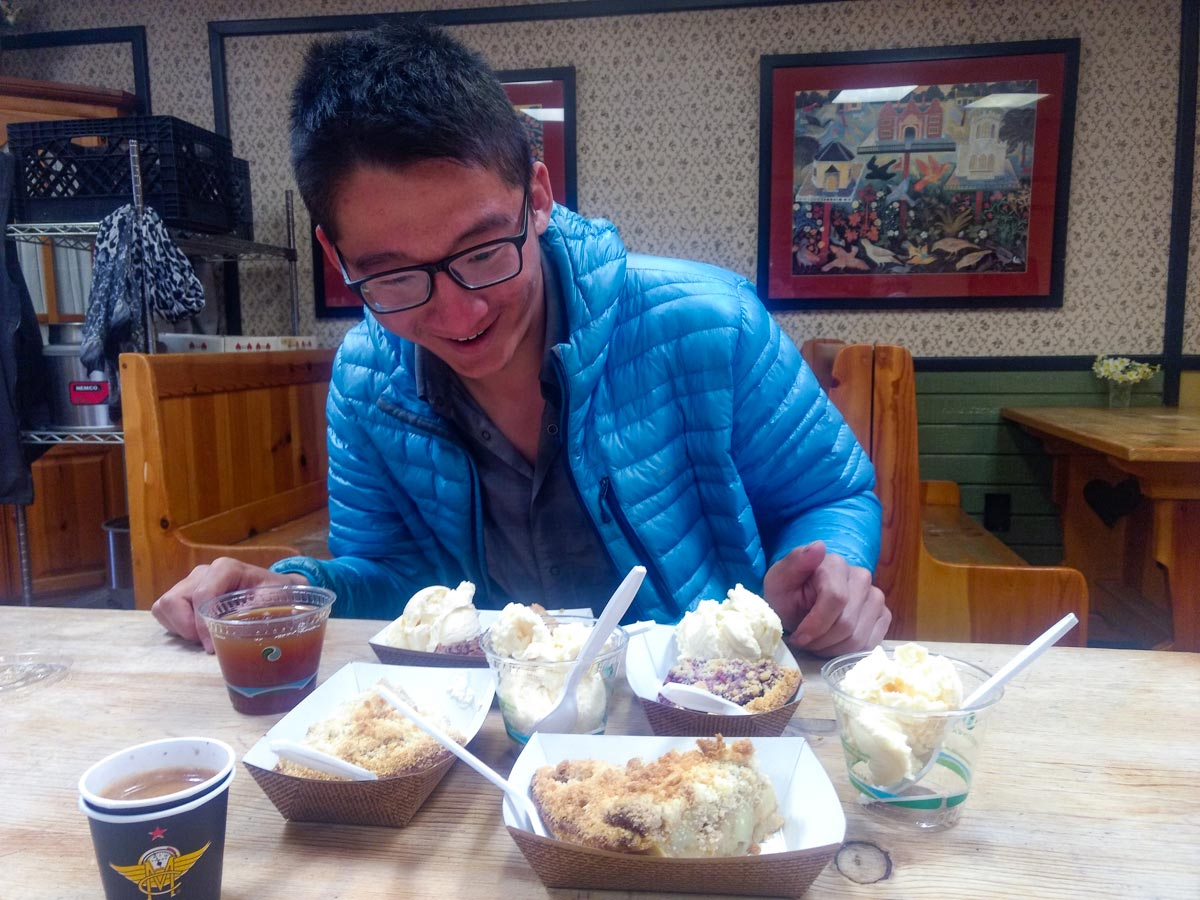 Eating pie and ice-cream at the restaurant on the Pacific Crest Trail
