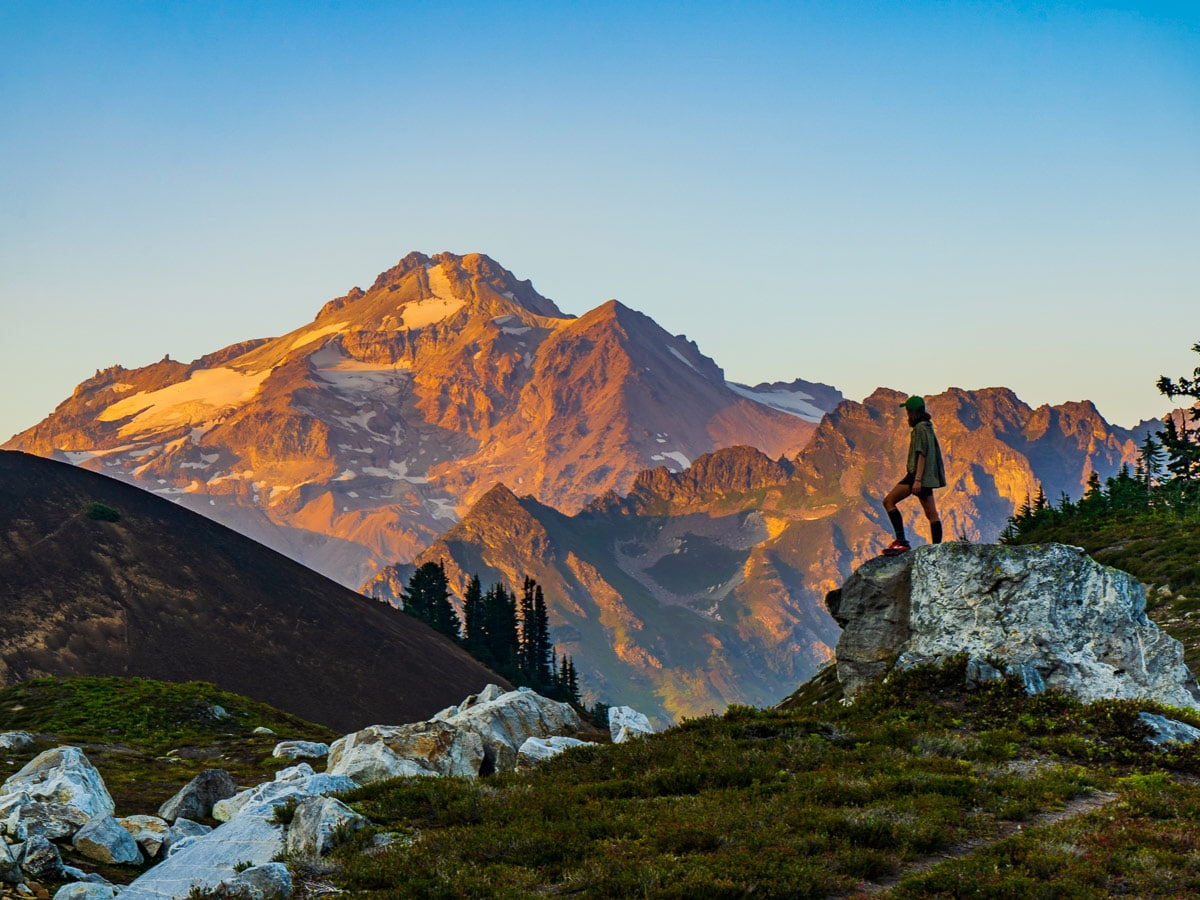 Glacier Peak in the sunset on the Pacific Crest Trail