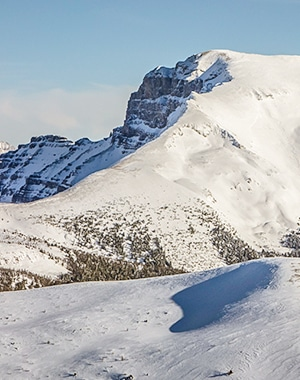 Snowshoeing to the Healy Pass