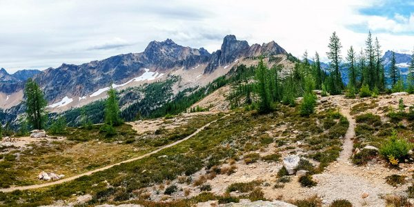 North Cascades National Park hikes, Washington