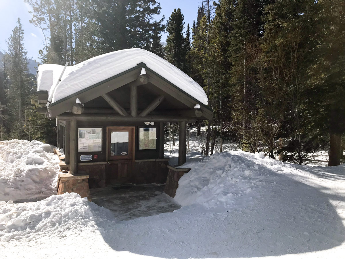 Trailhead of Nymph Lake snowshoe trail in Rocky Mountain National Park, Colorado