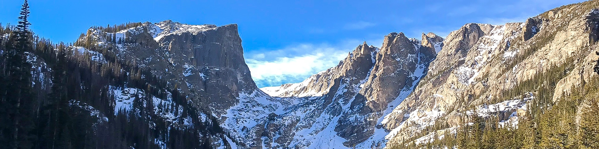 Panorama of Dream Lake snowshoe trail in Rocky Mountain National Park, Colorado