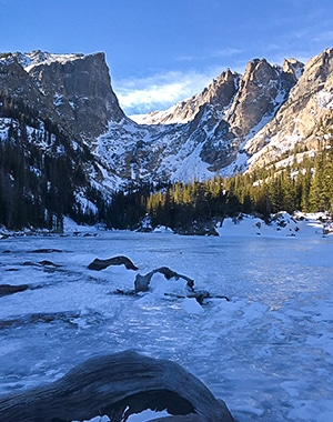 Dream Lake snowshoe trail in Rocky Mountain National Park, Colorado