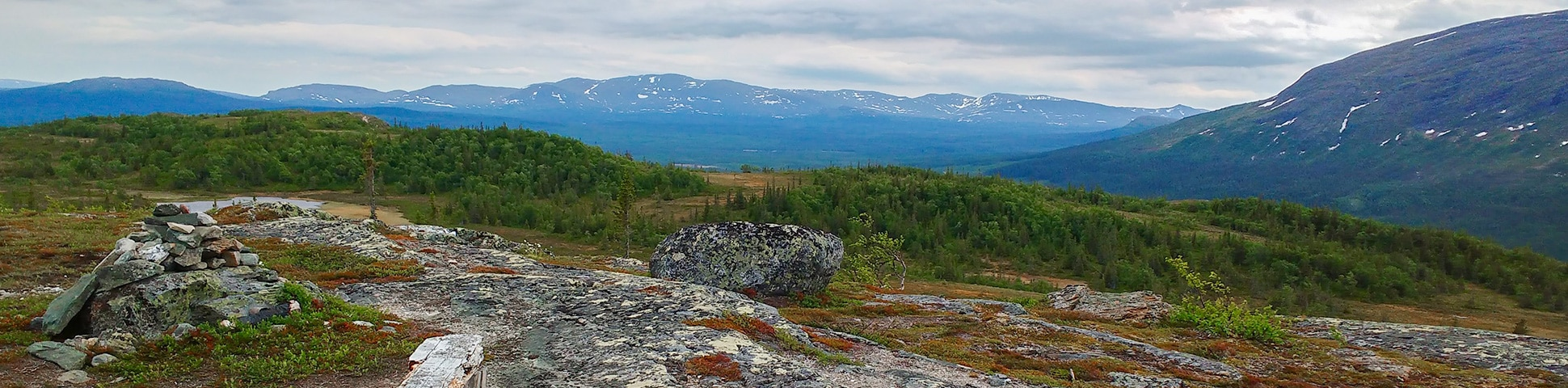 Panorama of Platåleden - Hållvallens hike in Åre, Sweden