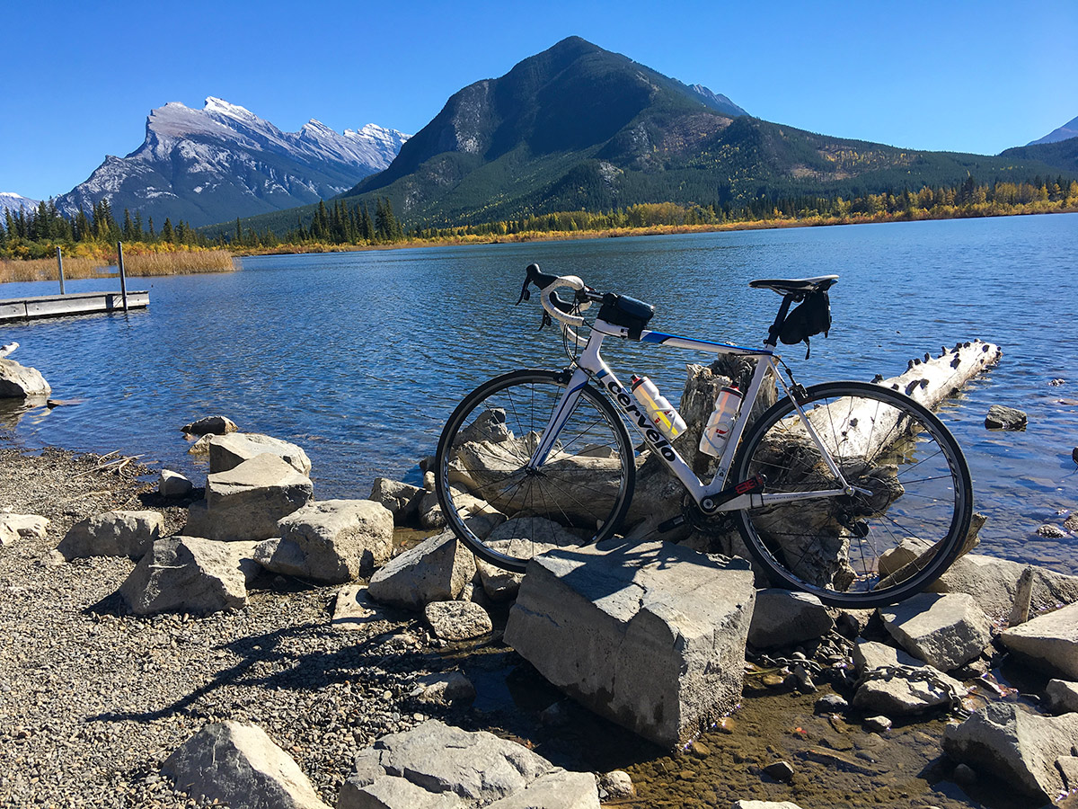 Stunning views of Vermilion Lakes on Banff to Lake Louise road biking route in the Canadian Rockies