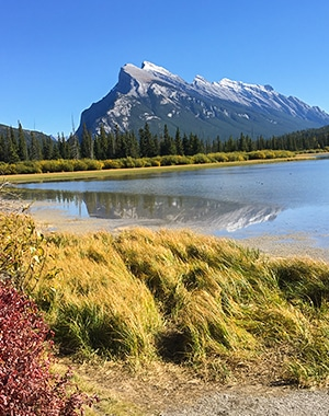 Vermilion Lakes road biking route from Banff, the Canadian Rockies