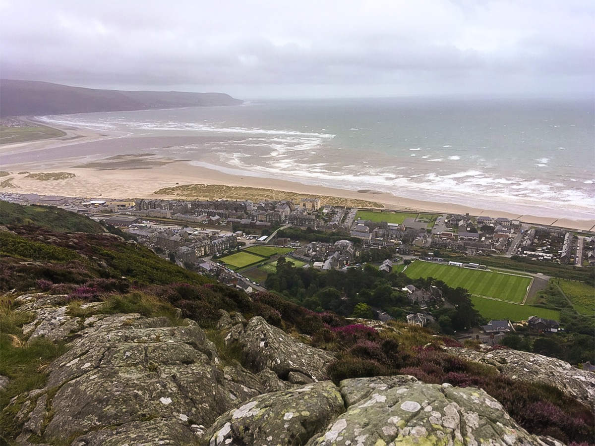 Views down to the bay on Barmouth Panorama hike in Snowdonia, Wales