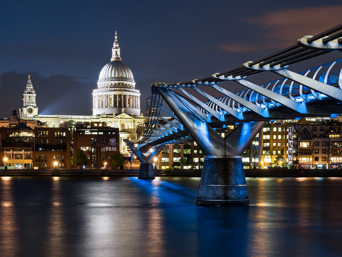 Millennium Bridge and St Paul's on Charing Cross to Tate Modern walking tour in London, England