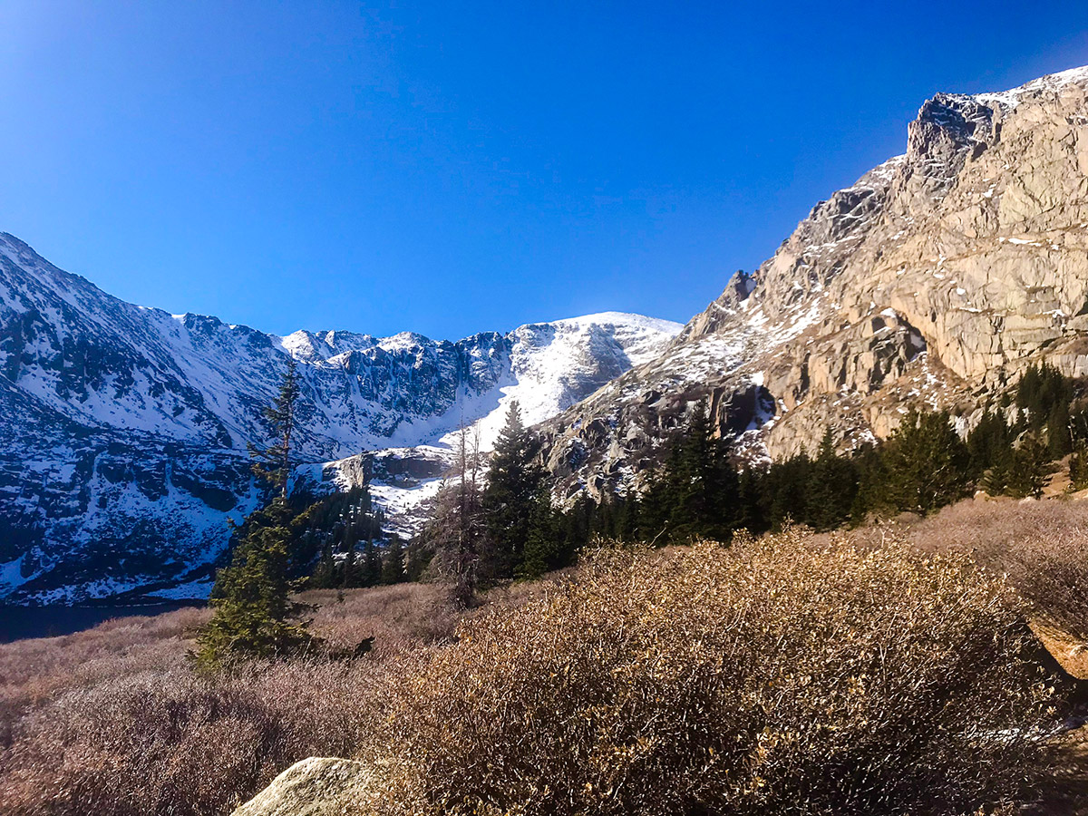 Beautiful winter scenery on Chicago Lakes hike near Denver, Colorado