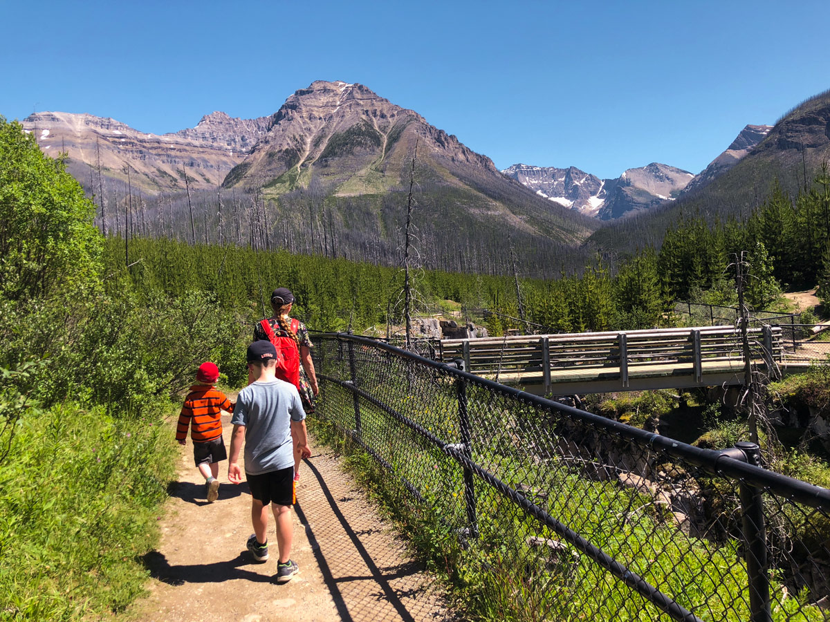 Family-friendly trail of Marble Canyon hike in Kootenay National Park