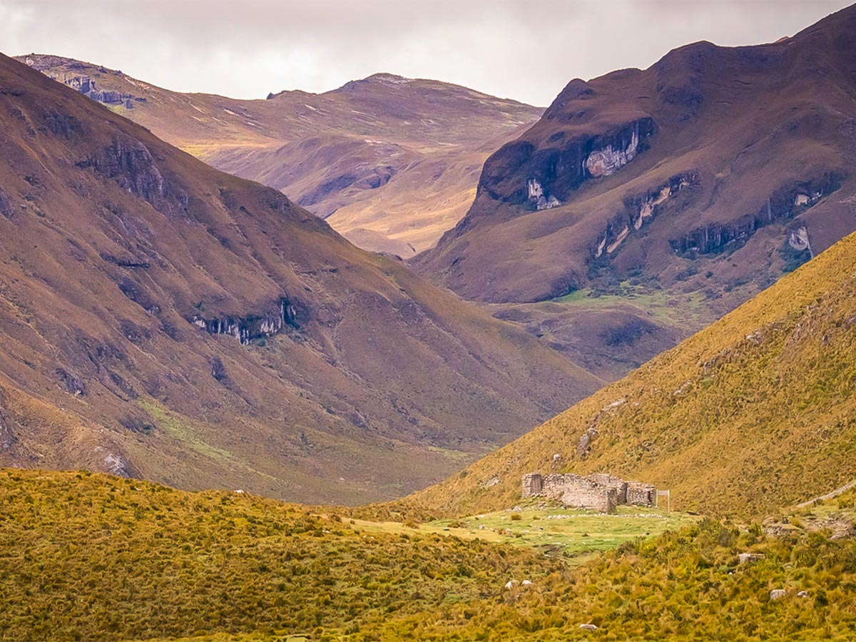 Ecuador Inca Trail trek has amazing valley views