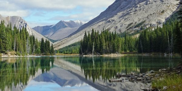 Panoramic view of beautiful Elbow Lake in Banff National Park