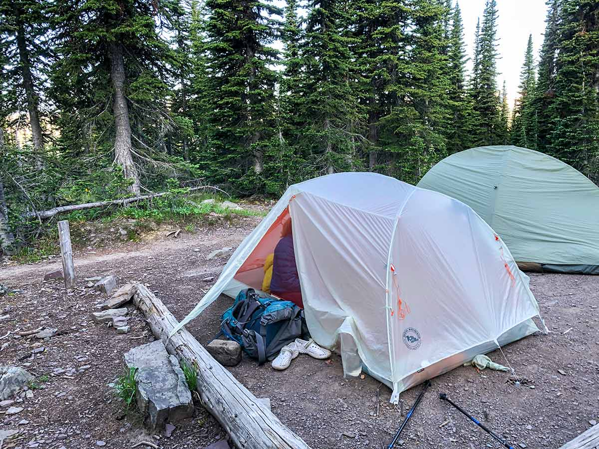 Using the vestibule of Big Agnes Copper Spur 2 Platinum Tent