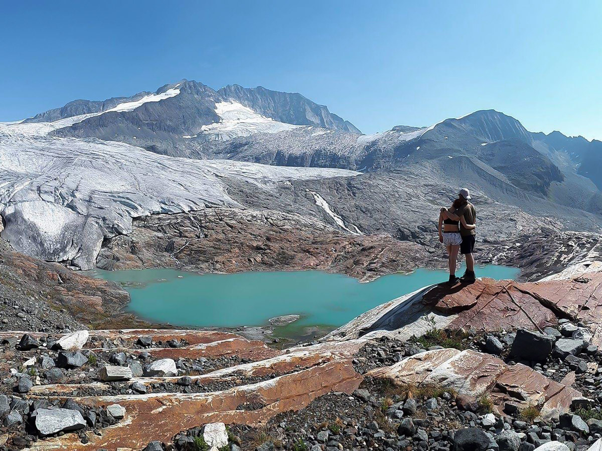 Macbeth Icefield hike in West Kootenays leads through beautiful trail surrounded by mountains