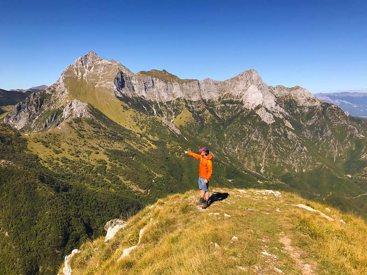 Monte Croce from Palagnana Hike in Tuscany has amazing views of the surrounding peaks