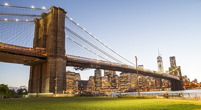 Beautiful Brooklyn Bridge on city-walk in New York City