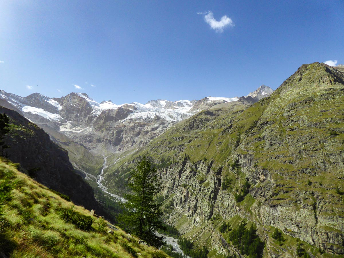 Alpe Money Loop is an amazing trail in Gran Paradiso National Park with great views
