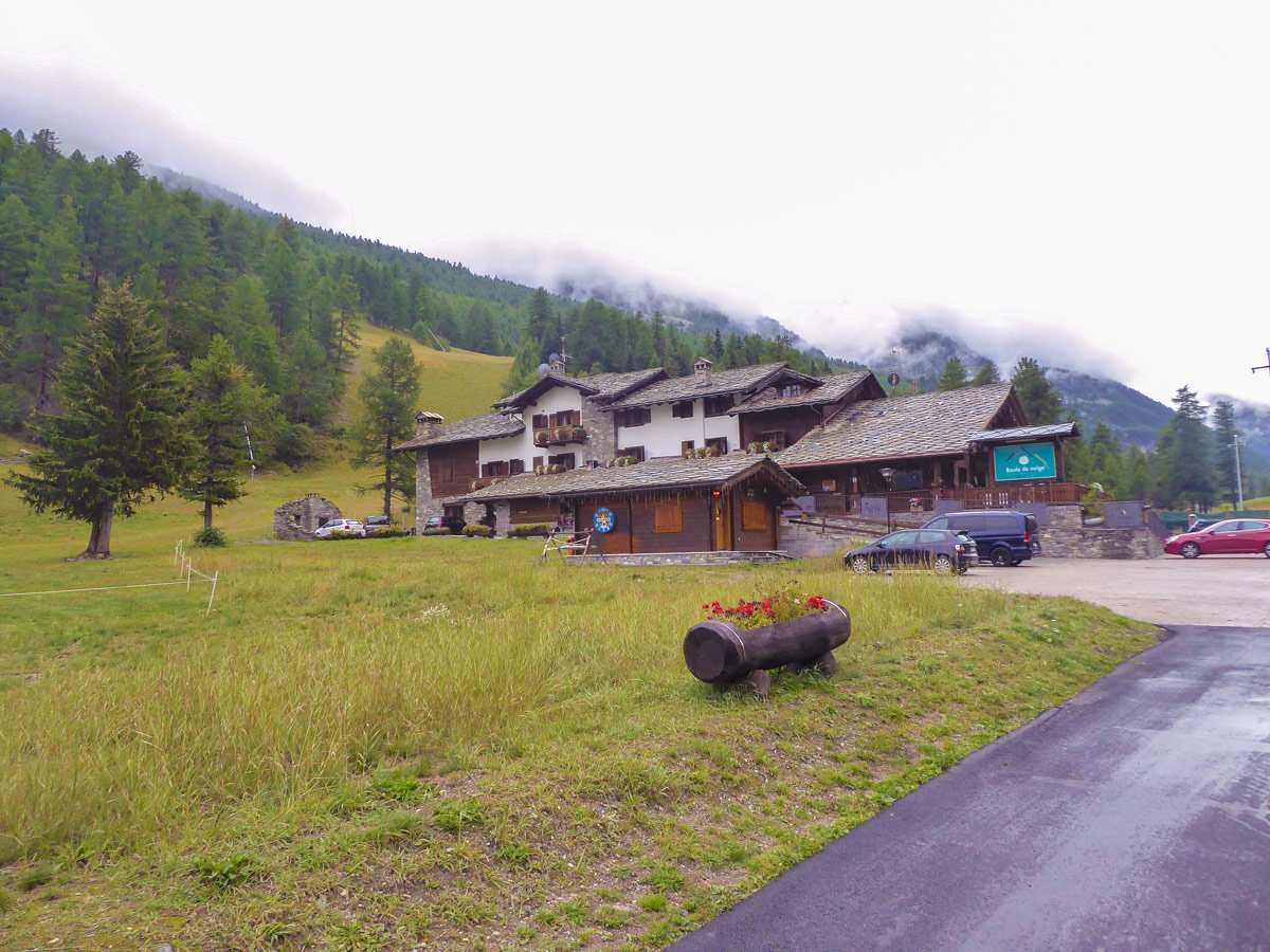 Hotel Boule de Neiges along the trail of Lago Pellaud via the Grand Rû Ring hike near Gran Paradiso National Park, Italy