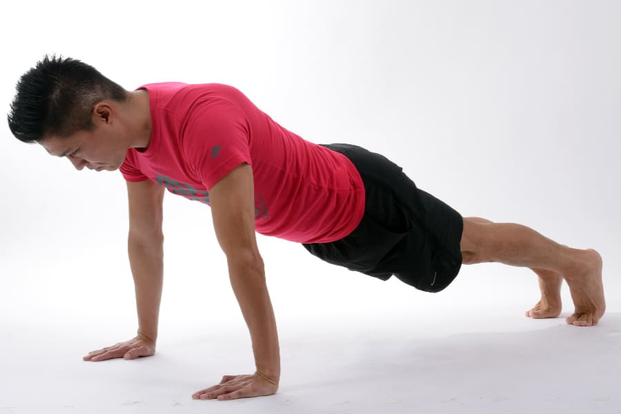 Training from home for hikes-doing push-ups