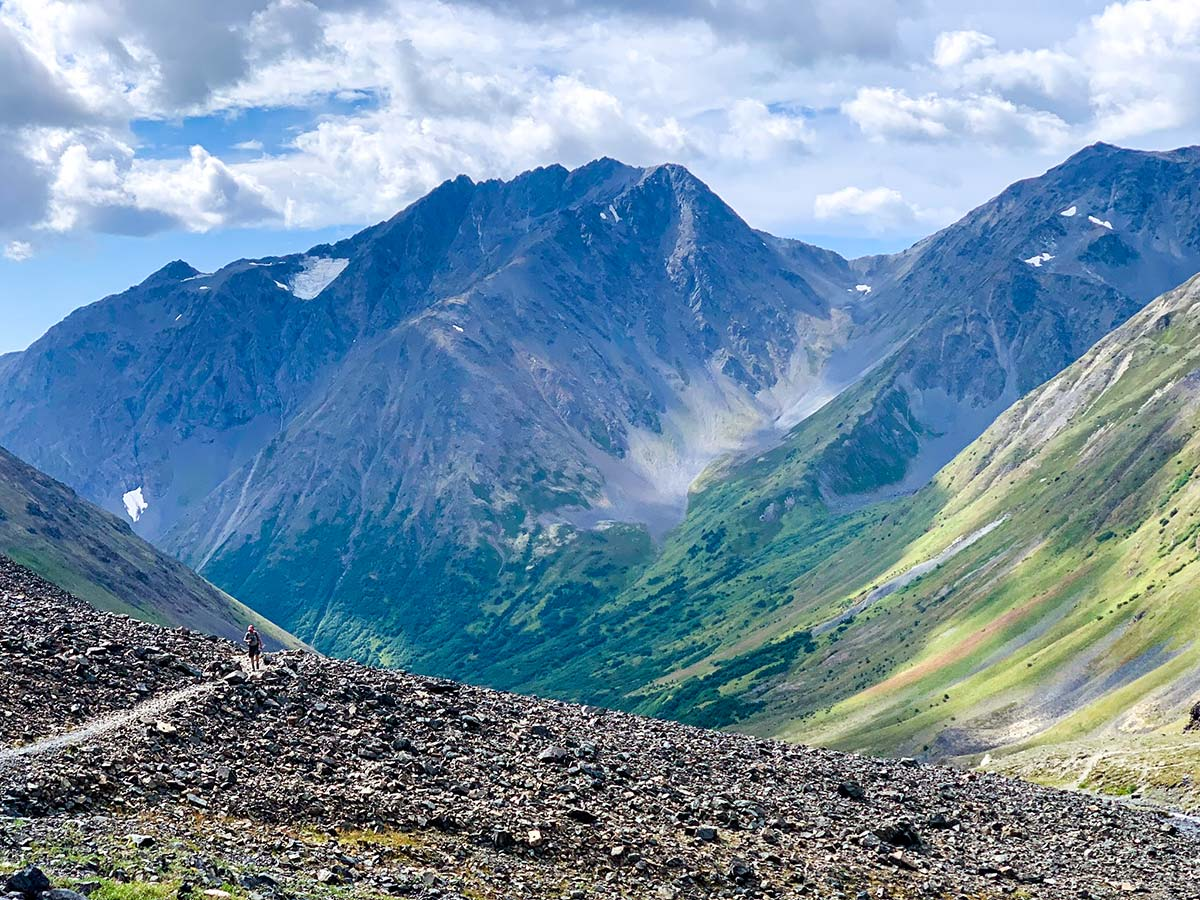 Beautiful views of the valley along the Crow Pass Hike in Chugach State Park