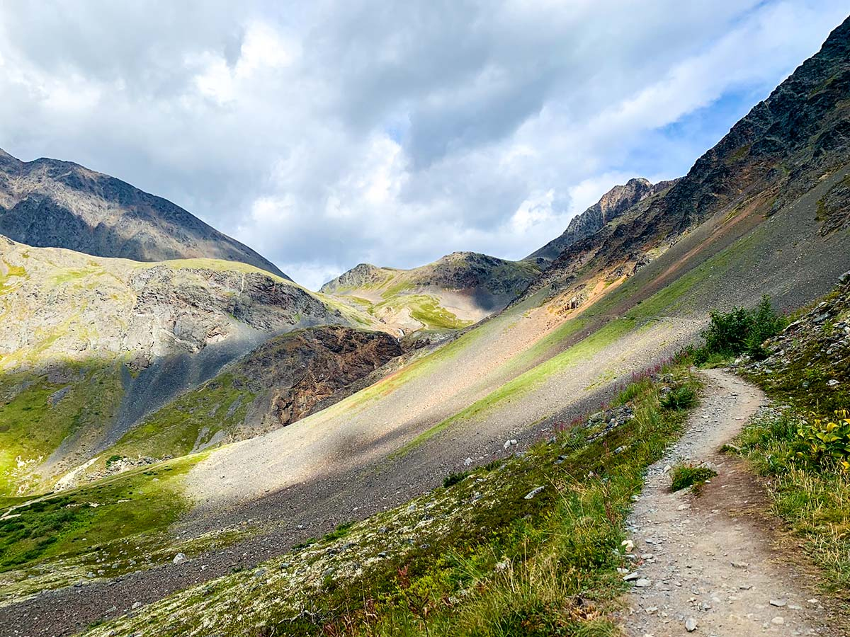Trail allong the hill to Raven Glacier on Crow Pass day hike near Anchorage Alaska