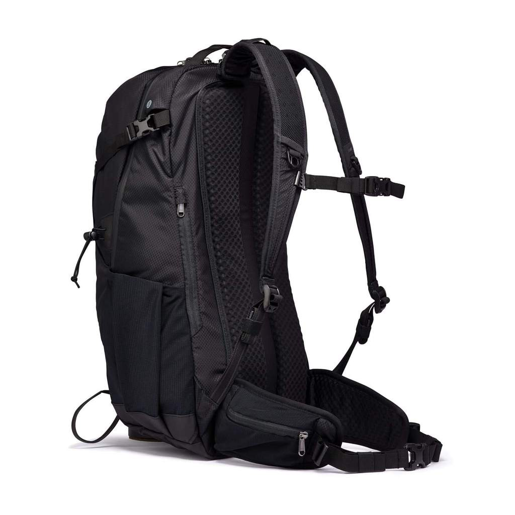 Pacsafe Venturesafe 34L review