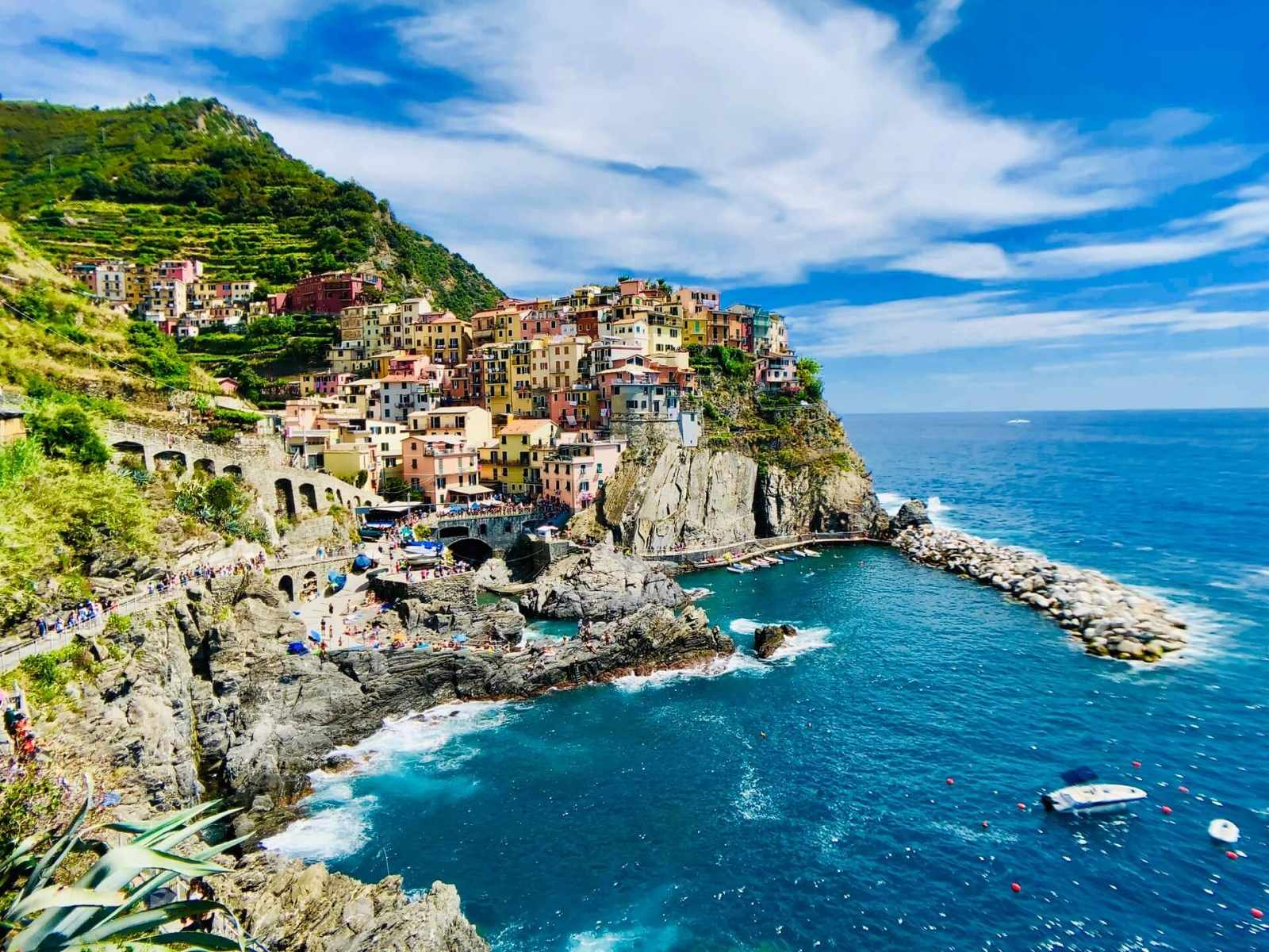 Cinque Terre stunning views of the peninsula